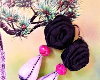 Black roses earrings