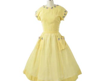 50s Pat Premo Yellow Full Skirt Dress-1950s Spring Summer Dress-Easter-Floral Appliques-Swing Skirt-Pockets-Vintage Designer-S-M-Sm-Med