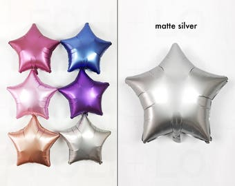 """Satin Silver Star Balloon 