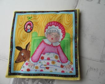 Rattle first age the little Red Riding Hood 13 x 13