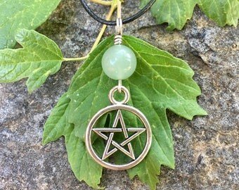 Pentagram Necklace, Pentagram Pendant, Green Aventurine, Green Witch, Pagan, Witchy, Pentacle Necklace, Crystal Jewelry, Healing Crystal