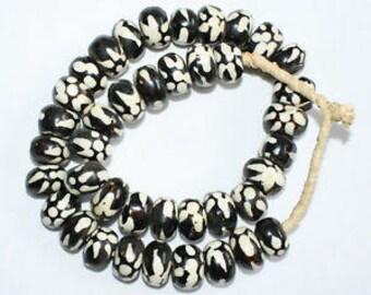 African Bone Beads, Kenyan, Batiked, Round-ish 22 mm 10-Pack