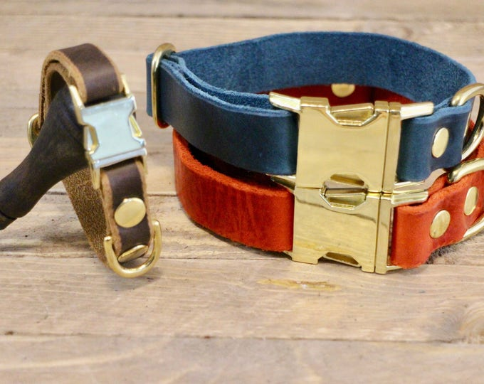 Dog collar, Clip collar, FREE ID TAG, Leather clasp collar, Blue dog collar, Gift, Buckle collar, Medium size collar, Small size collar.