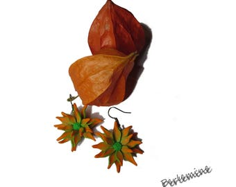 Floral orange earrings, polymer clay.
