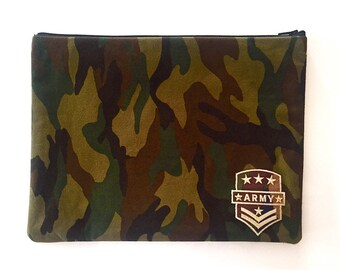 Military pouch