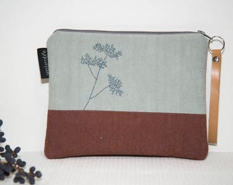 Pouch fabric /pochette Brown and grey embroidered flower / Pocket quilted and embroidered / nature pouch / clutch Style nature / gift