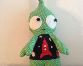 Flip the Alien handmade soft toy.