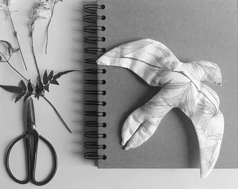 Belle Hirondelle - cloth preparation of the bird of the spring - collaboration Un Lundi Ordinairey x monocotylédone - exclusivity