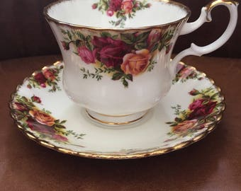 Royal Albert Old Country Roses 1st Quality SUPERSIZE Breakfast Cup & Saucer