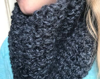 Gray Wool Cowl, Infinity Chunky Cowl, Chunky Knit Cowl, Womens Circle Scarf, Knitted Cowl Scarf, Neckwarmer Scarf, Winter Cowl, Chunky Cowl