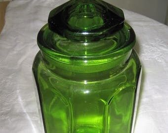 LE Smith Mid Century Green Glass Canister Tall Paneled Glass Geometric Lid Retro Olive Green Apothecary Jar Farmhouse Decor Retro Kitchen