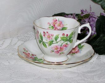 ROYAL ALBERT EVESHAM Footed Cup & Saucer Pink Apple Blossoms Bone China England