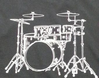 Hand drawn & hand screen printed Mens tee shirt with a drum kit image