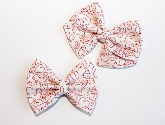 Doodle Hearts Bow