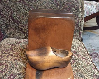 Wooden Shoe Bookends - Kennedy Brothers
