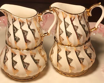 Pretty In Pink-Free US and Canada Shipping Sadler Swirled Creamer and Sugar Bowl