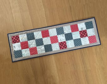 Patriotic Table Runner, Patchwork Table Topper, Quilted Table Mat, Thanksgiving Table Centrepiece, Fabric Table Runner, Kitchen Table Runner