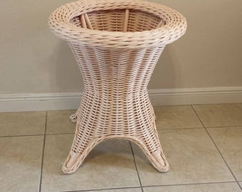 Thick Wicker Round table base