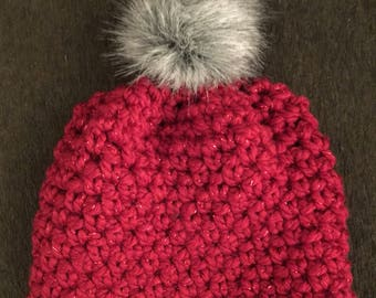 Ready to ship! Ski hat with faux fur pompom