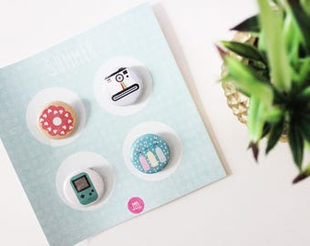 Set of 4 badges patterns was