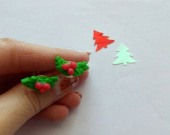 Earrings red and Holly leaves