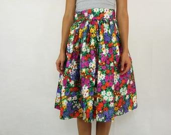 VINTAGE 70s Bright Floral Taffeta Skirt Size S-M