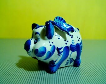 Russian porcelain figurine Gzhel Cute Pig w butterfly on top Figurine Gzhel hand-painted handmade Russian souvenir gift Russia