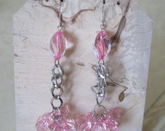Earrings pink glass beads