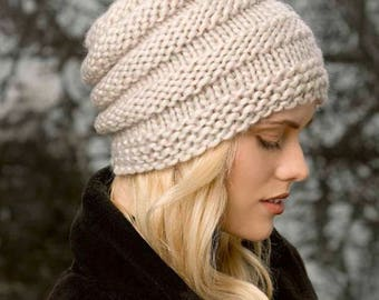 Chunky hat made of thick wool 100% wool