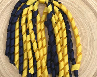 Navy and yellow korker