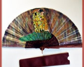 Abanico El Beso Klimt, regalo para ella, abanico diseño, abanico madera, regalo, abanico español, regalo aniversario, abanico pintado mano