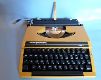 Remington Sperry TenTifty  typewriter * typemachine,1970s