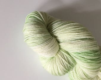 Sock yarn: 'Crocodile tails' (golden stellina)