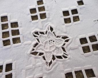 Vintage European linen Vintage Tea tablecloth, small tablecloth, ivory linen, pure linen, 70s tablecloth, tea party, Vintage Textiles