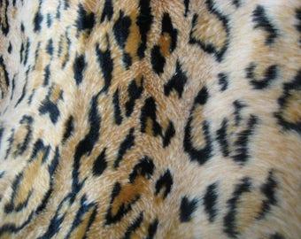 ANIMAL PRINT - Leopard Faux Fur