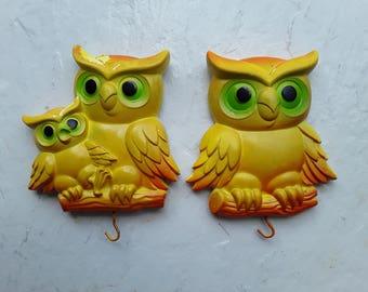 Vintage 1977 Miller Studio Plasterware Chalkware Owl Wall Hanging - set of 2