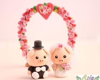 Piggy wedding cake topper clay doll, Piglet bride and groom clay miniature, pet wedding topper, animal wedding topper clay figurine
