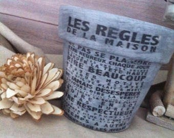 "Ceramic flower pot fired ""House rules"""