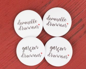 4 badges wedding bridesmaid + groomsman