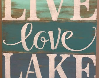 Live Love Lake sign, lakehouse decor, lake sign, pallet sign, wood sign