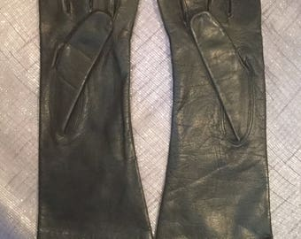 Lovely Vintage ladies black leather driving gloves 1950's
