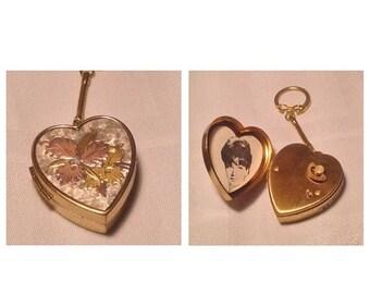 On Sale Vintage Gorgeous Music Box Keychain
