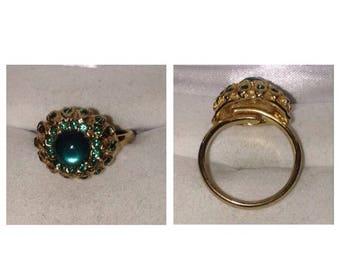 Anniversary Sale Vintage Green Stone Ring
