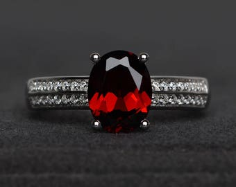 natural red garnet ring wedding ring oval cut red gemstone sterling silver ring January birthstone