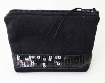 Wallet / card in Velvet Black Black sequined band