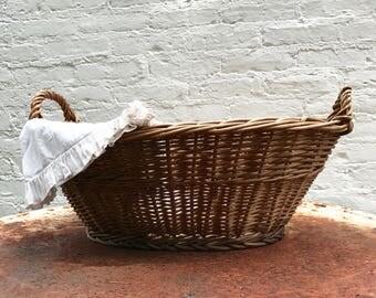 Laundry Basket / features vintage / wicker / patina / cottage farmhouse decor