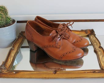 Vintage 1940's Crockett & Jones England Ursula Tan Brown Calf Leather Oxford Brogue Lace Up Shoes Heels Size UK 3 EU 36 US 5 45D