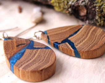 Long earrings, wood earrings, Resin earrings, wood resin earrings, resin jewelry, wood jewelry.