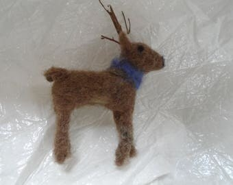 Felted deer
