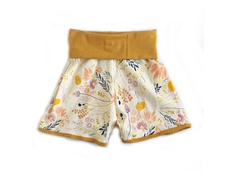 Morning Meadow Retro shorts // baby shorts // toddler shorts//shorties// flower shorts //